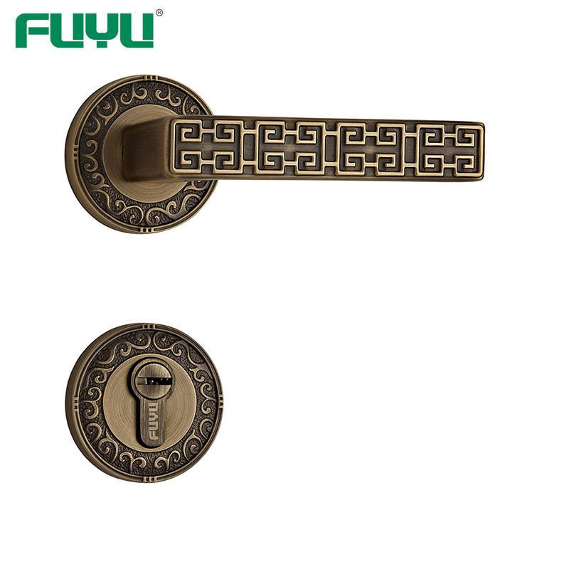 Retro style brass handle lock